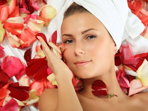 5 loại kem dưỡng da handmade ban đêm giúp bạn