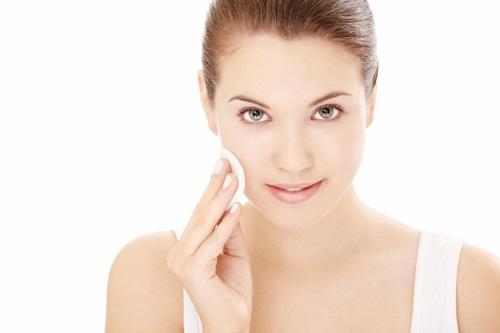 Mách bạn tẩy trang bằng nguyên liệu tự nhiên rẻ tiền, an toàn và sạch da mặt nhất